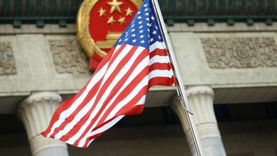 Хятадын хоёр дипломатчийг тагнуулын ажиллагаа явуулсан шалтгаанаар АНУ-аас албадан гаргажээ