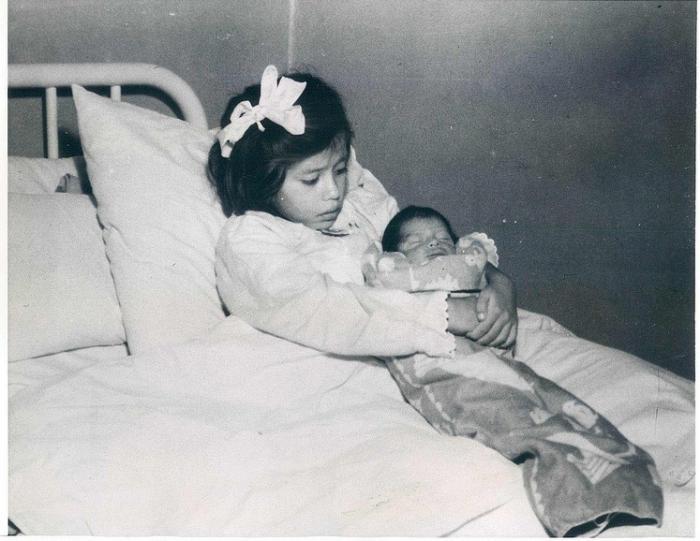 Хүн төрөлхтний түүхэн дэх хамгийн залуу ээж нас барлаа