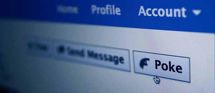 Фэйсбүүк ямар хаягийг автоматаар хаадаг вэ?